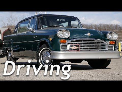 What is it like to drive an old Taxi? || 1982 Checker Marathon Limousine Driving Impressions [4k]