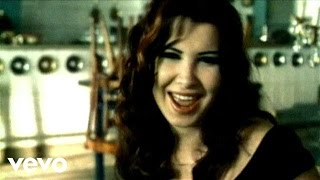 Watch Nancy Ajram Akhasmak Ah video