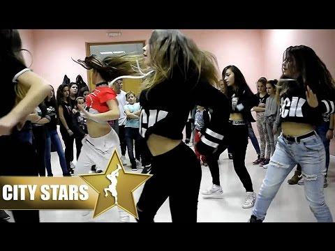 (CITY STARS - Dance) Shaggy Feat. Mohombi & Faydee Costi - I Need Your Love