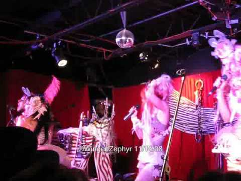 Emilie Autumn - Misery Loves Company (live clip)