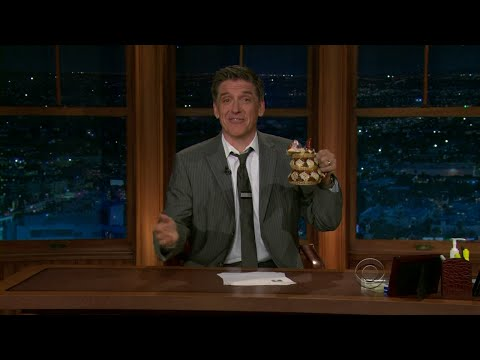 Late Late Show with Craig Ferguson 10/15/2010 Julie Chen, Ty Burrell, Billy Currington