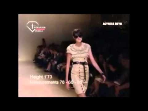 Model Moments - Agyness Deyn