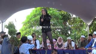 Video Ceramah terbaru ust. Evie Effendi . SURADE 17 Juli 2018 download MP3, 3GP, MP4, WEBM, AVI, FLV November 2018