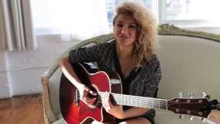"TORI KELLY x ""Daydream"" (Acoustic) - Steve Madden Music"