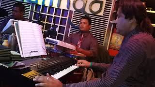 Sona kitna sona hai (singer-tara shreesh magar)malingo band
