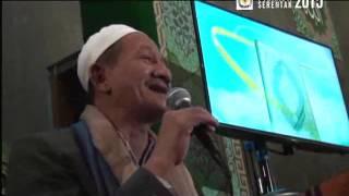 """Gus Ali ( KH Agus Ali Masyhuri ) Mulia dengan rendah hati """"Tawadhu"""" , Bahagia dengan memberi"""