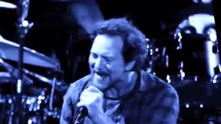 Pearl Jam - Go - Safeco Field (August 8, 2018)