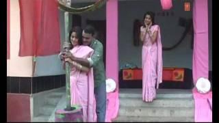 Aaja Ghare Chauki Belanwa Khojta - Bhojpuri Song | Dirty Pichkari