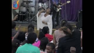 Pastora Dorka noemi Guerra por las promesas