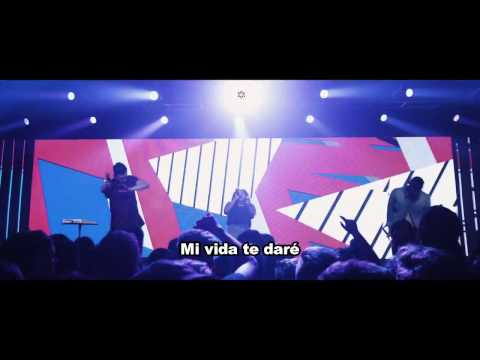 Caigo en tus brazos (Falling into you en español) - Hillsong Young and Free