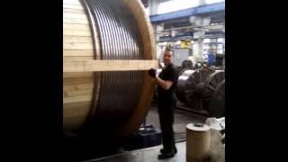 На земле грешной,единственный завод выпускающий такой кабель. Золотые руки,и умные головы этих ребят(Электростанция ждёт свой кабель., 2016-04-15T03:35:47.000Z)