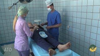 Військові медики допомогають цивільному населенню