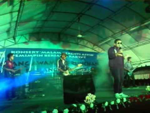 konsert aboys pasar malam kahang