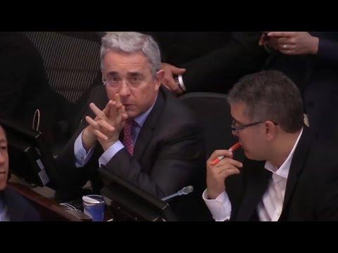 Editorial del New York Times: Álvaro Uribe, el hombre que está bloqueando la paz en Colombia