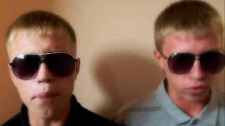 Repeat youtube video [Mad Twinz]© (2010 experiment)