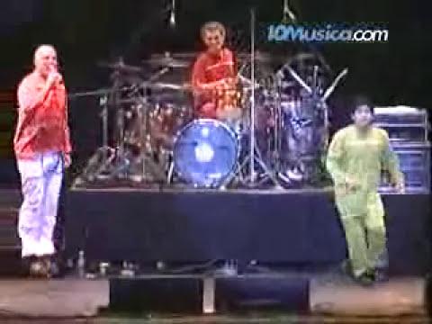 Bersuit - El baile de la gambeta (con Maradona)