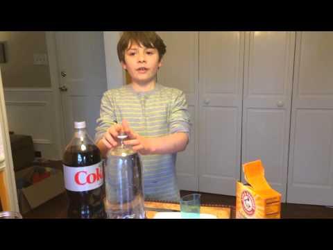 BIG Reaction - Coke and Mentos vs. Vinegar and Baking Soda