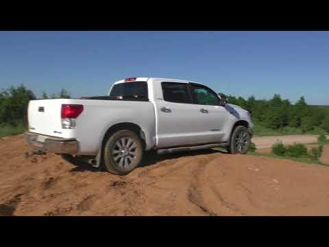 Toyota Tundra | Тойота Тундра Offroad на трассе для мотокросса