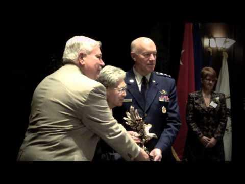 """2011 EANGUS G.V. """"Sonny"""" Montgomery Eagle Award to US Sen. Daniel Akaka"""