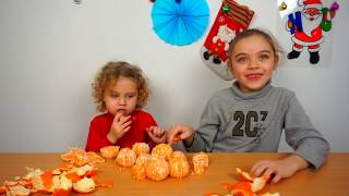 Challenge pentru Copii   Curata cat mai Repede 10 Mandarine!   Video pentru Copii