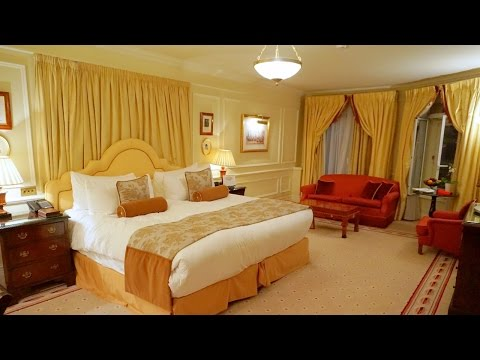 Classic London luxury - A suite at the Mandarin Oriental Hyde Park