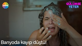 Gülümse Yeter 1.Bölüm | Banyoda kayıp düştü!