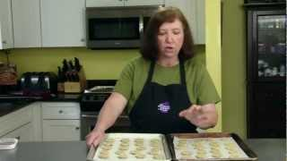 Ooma's Cookie Jar - Pistachio Shortbread Cookie