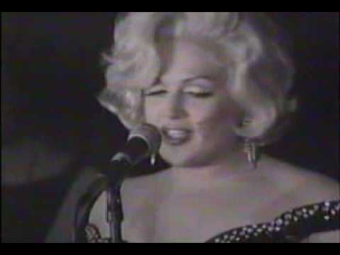 JIMMY JAMES As Marilyn Monroe Live @ Don Hill's NYC ('96)