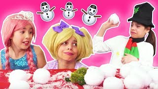 Magic Snowman Comes To Life ⛄ Snowball Showdown! - Christmas Princesses In Real Life | Kiddyzuzaa