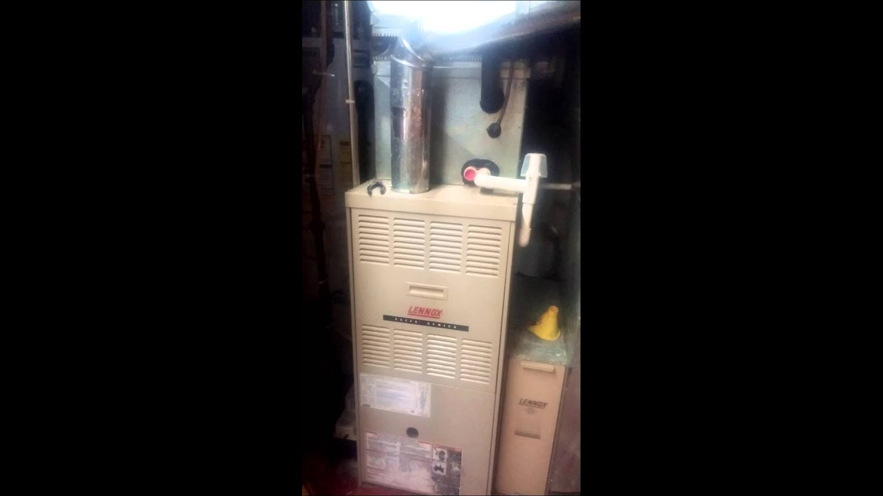 Lennox 90,000 btu gas furnace starting up