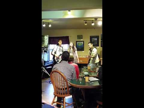 Muggy and the Rafters at Coffee Cottage