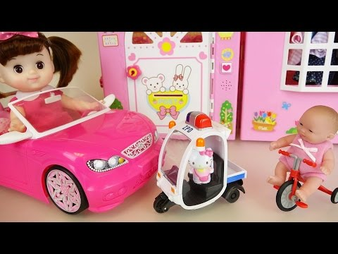 Baby doll car toys and hello kitty police bike play