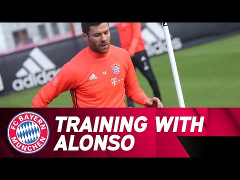 Training with Xabi Alonso | FC Bayern