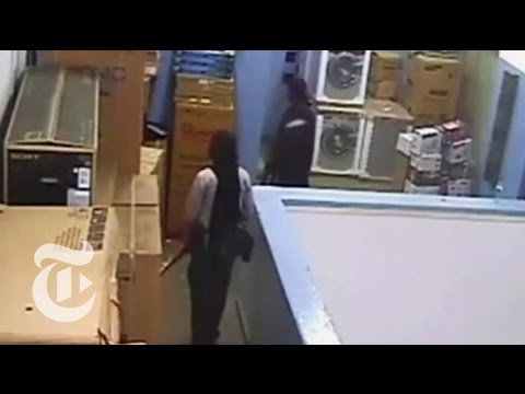 Kenya Westgate Mall Attack: Footage of Nairobi Gunmen | The New York Times