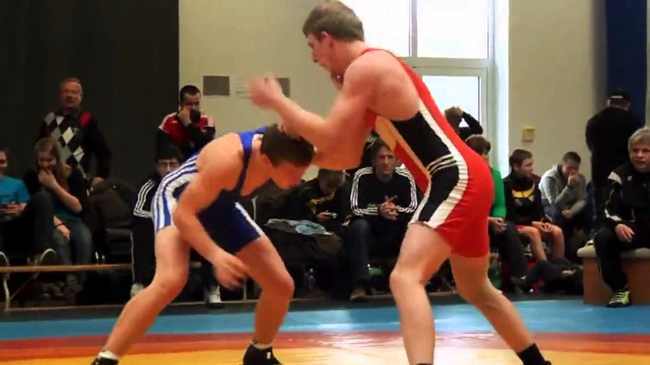 submission wrestling gay Man