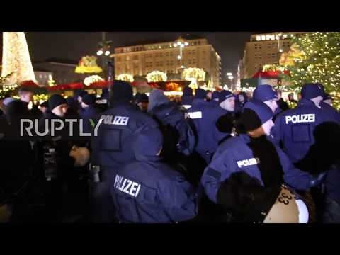 Germany: Hundreds protest visit of AfD's Gauland in Hamburg
