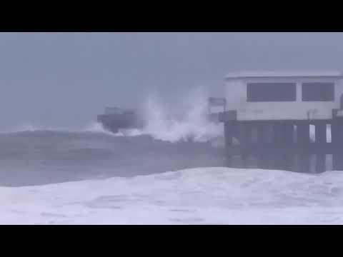 Ockhi Cyclone at Valiyathura