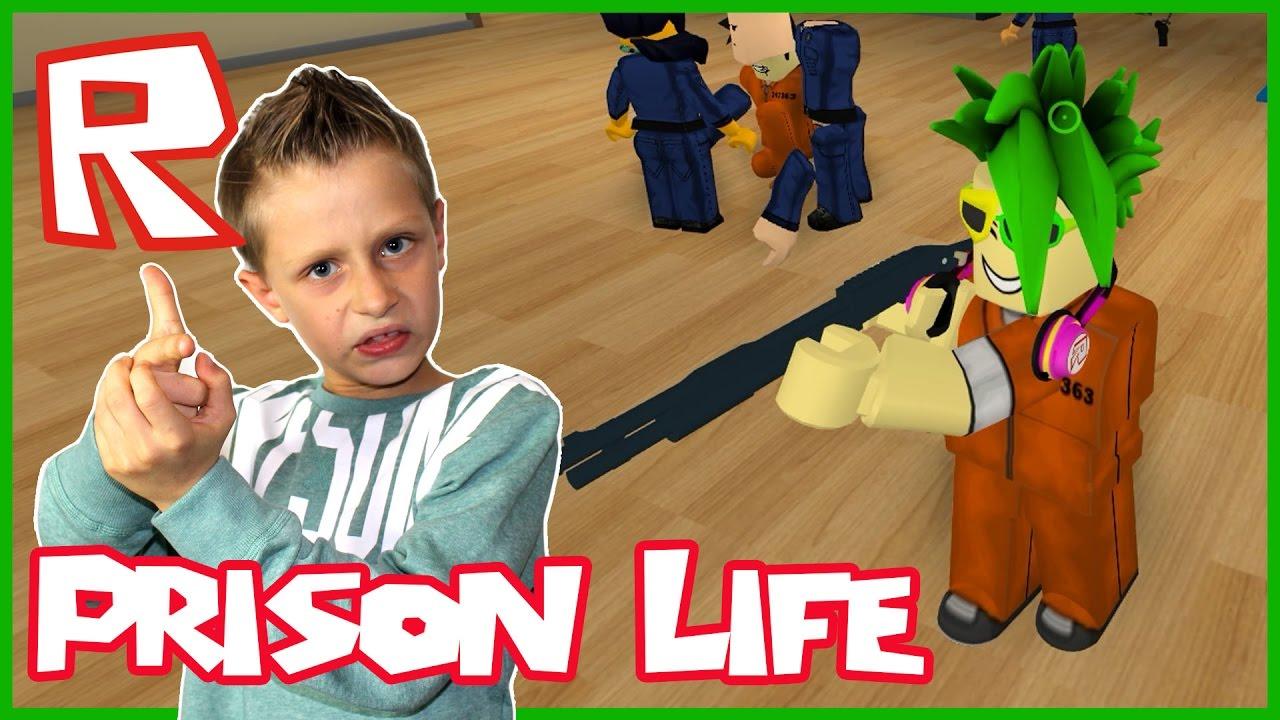 Sis Vs Bro Roblox Prison Roblox Prison Life Escaping Twice Youtube