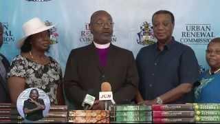 Urban Renwal Commission Donates Books To Local Schools
