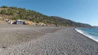 Крым кемпинг в Морском видео обзор.(Это самый большой пляж и кемпинг Судакского района. Дорога, пляж, море и много отдыхающих в сентябре месяце...., 2016-09-17T20:17:10.000Z)