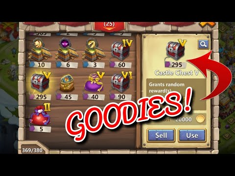 Opening CRAZY Rewards! Castle Clash Chests, Bags, Heroes, Skins And More...