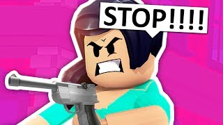 MAKING MY MOM MAD IN ROBLOX!!