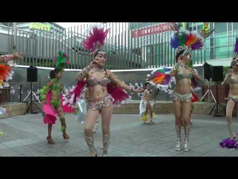 サンバチーム「ブリンカール」 1  池田商業祭2011 ▶9:58
