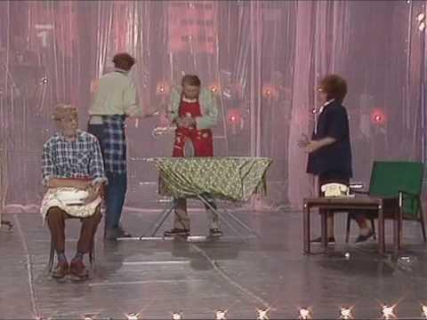Jiřina Bohdalová ''Institut předmanželské výchovy'' (1987)