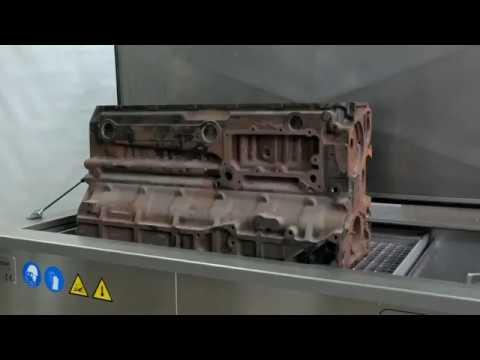 Big engine block ultrasonic cleaning