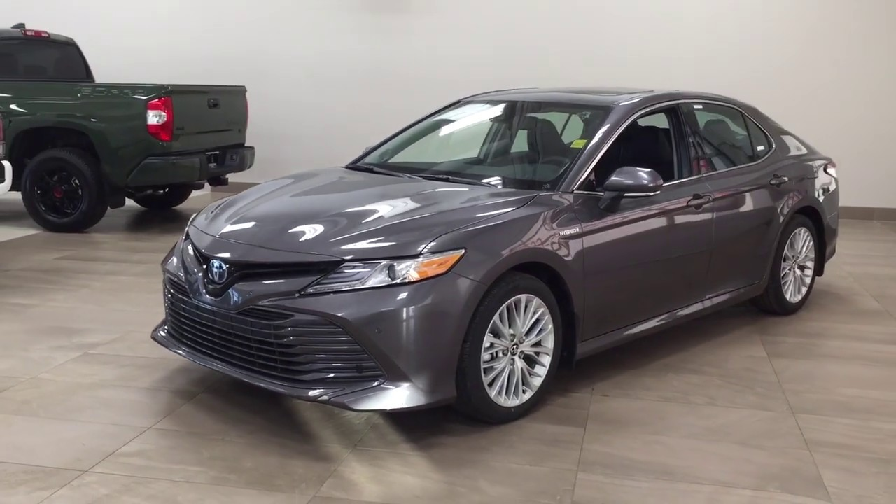 2020 Toyota Camry Xle Review Youtube