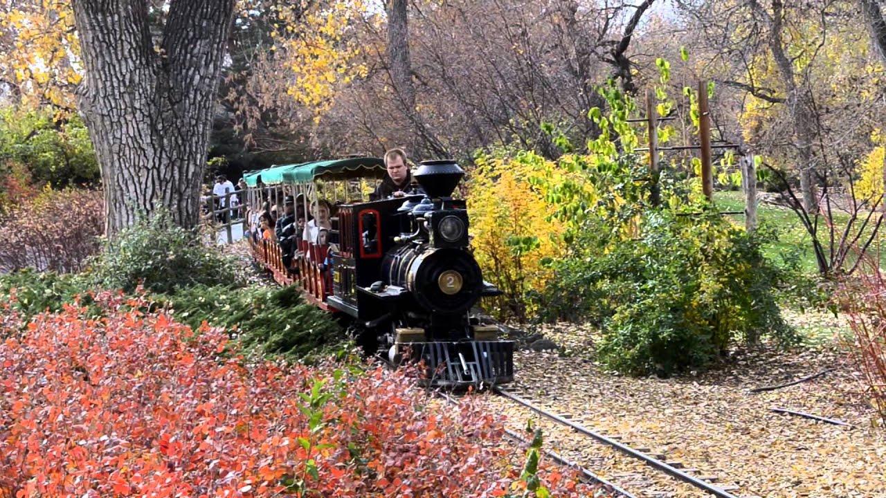 Denver Zoo Train Ride & Carousel - YouTube