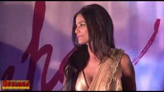 Poonam Pandey's HOT Nasha TRAILER OUT