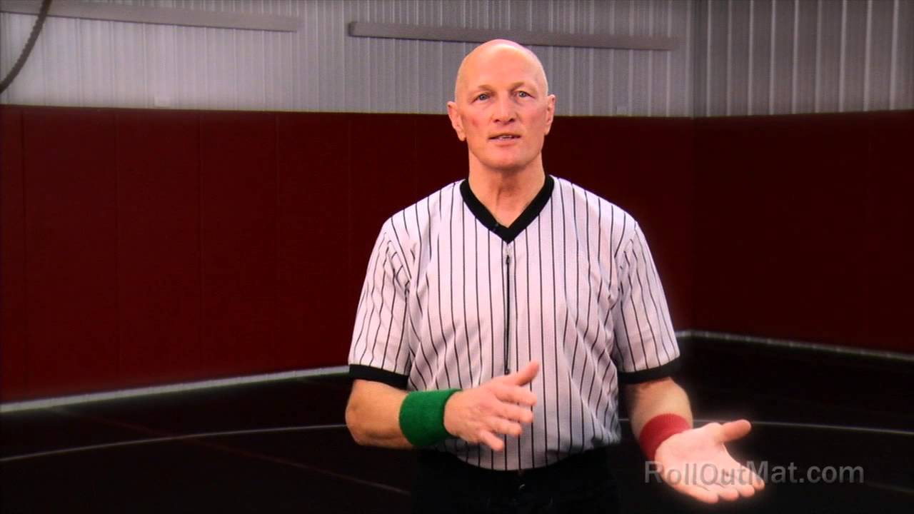 How to Be A Good Wrestling Referee - Roll Out Mat