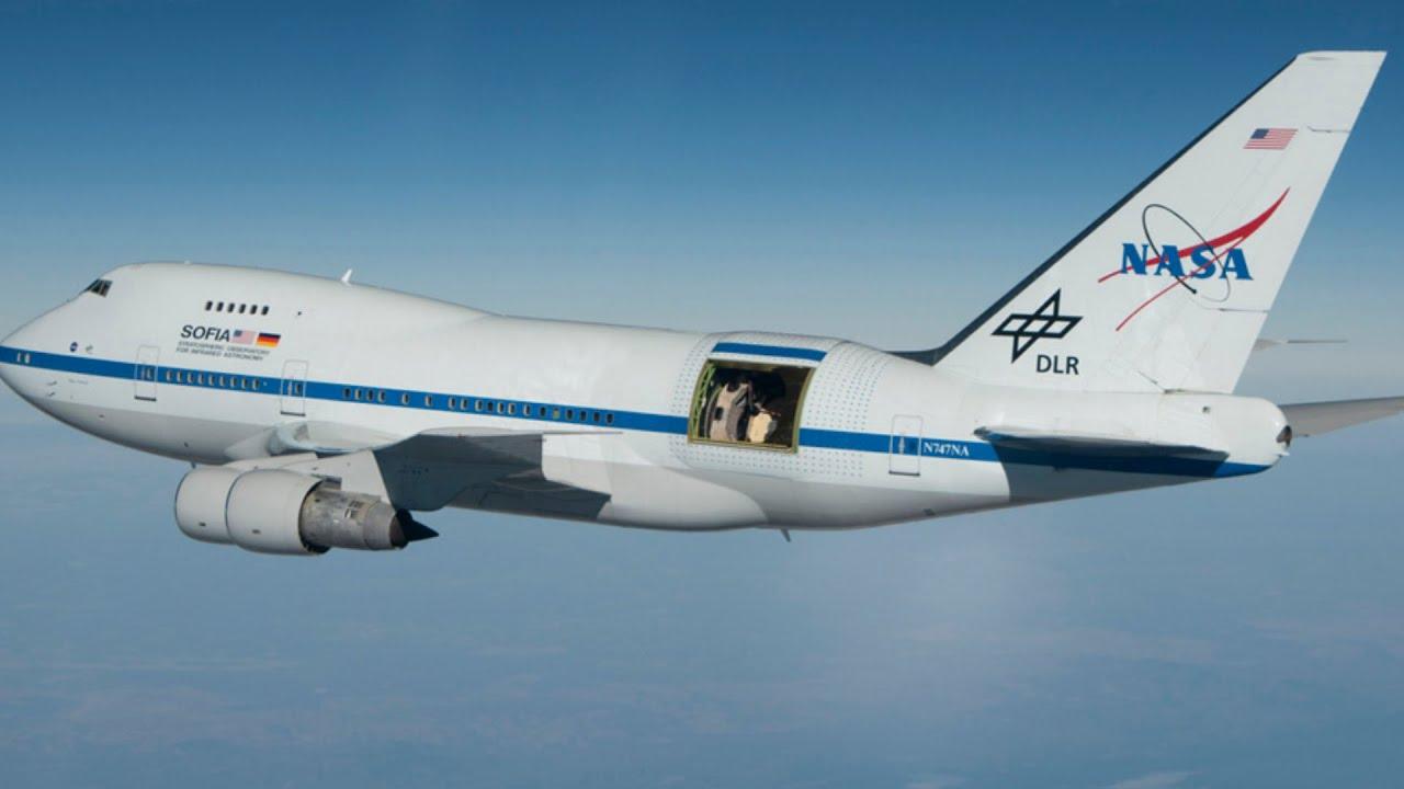 World's Biggest Flying Telescope on NASA's Boeing 747